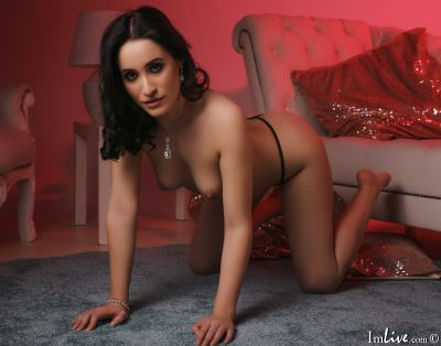 IvyEdwards, 23 – Live Adult cam-girls and Sex Chat on Livex-cams