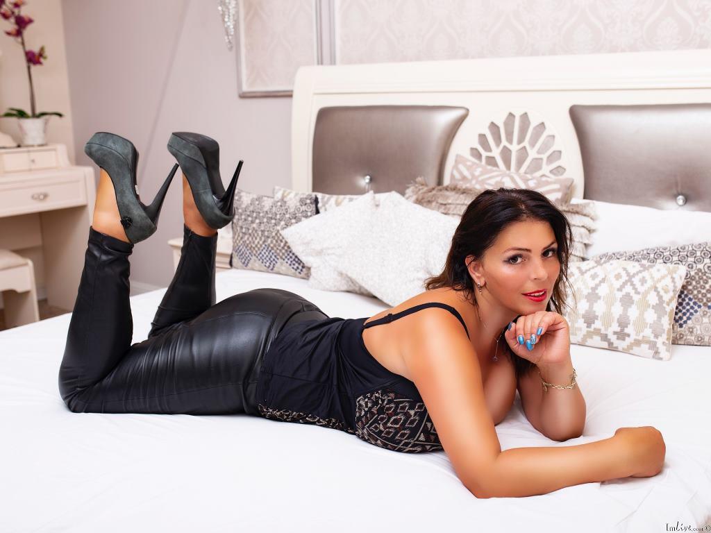 YulliaMilf's Profile Image