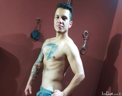 andyfituHype, 34 – Live Adult gay and Sex Chat on Livex-cams